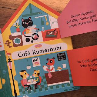 """""""Meine kleine Stadt"""" Coppenrath Verlag, Pappbilderbuch mit Klappen, Leporello zum Spielen, Rezension auf Kinderbuchblog Familienbücherei"""