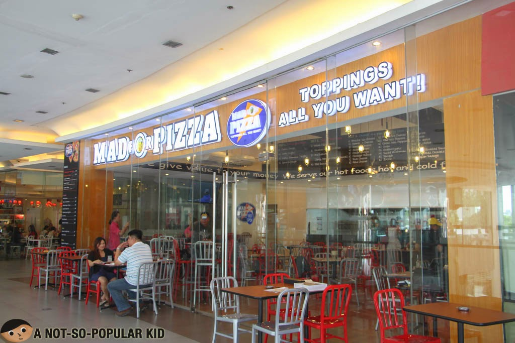 The Mad for Pizza in Il Terrazzo in Quezon City