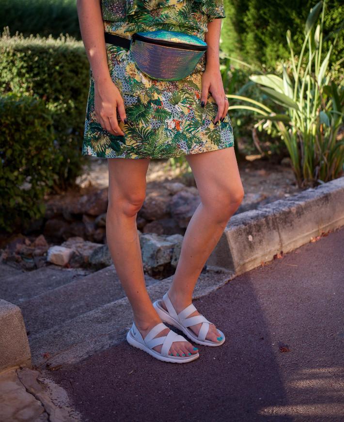 Nike Roshe One sandals