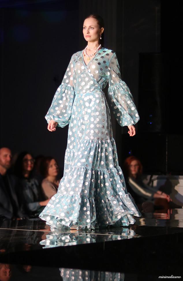 Supeł suknia pokaz mody