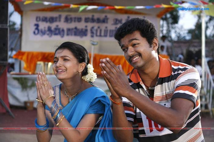 Actresses Zone: Movies Online Tamil: Velayutham 2011 First
