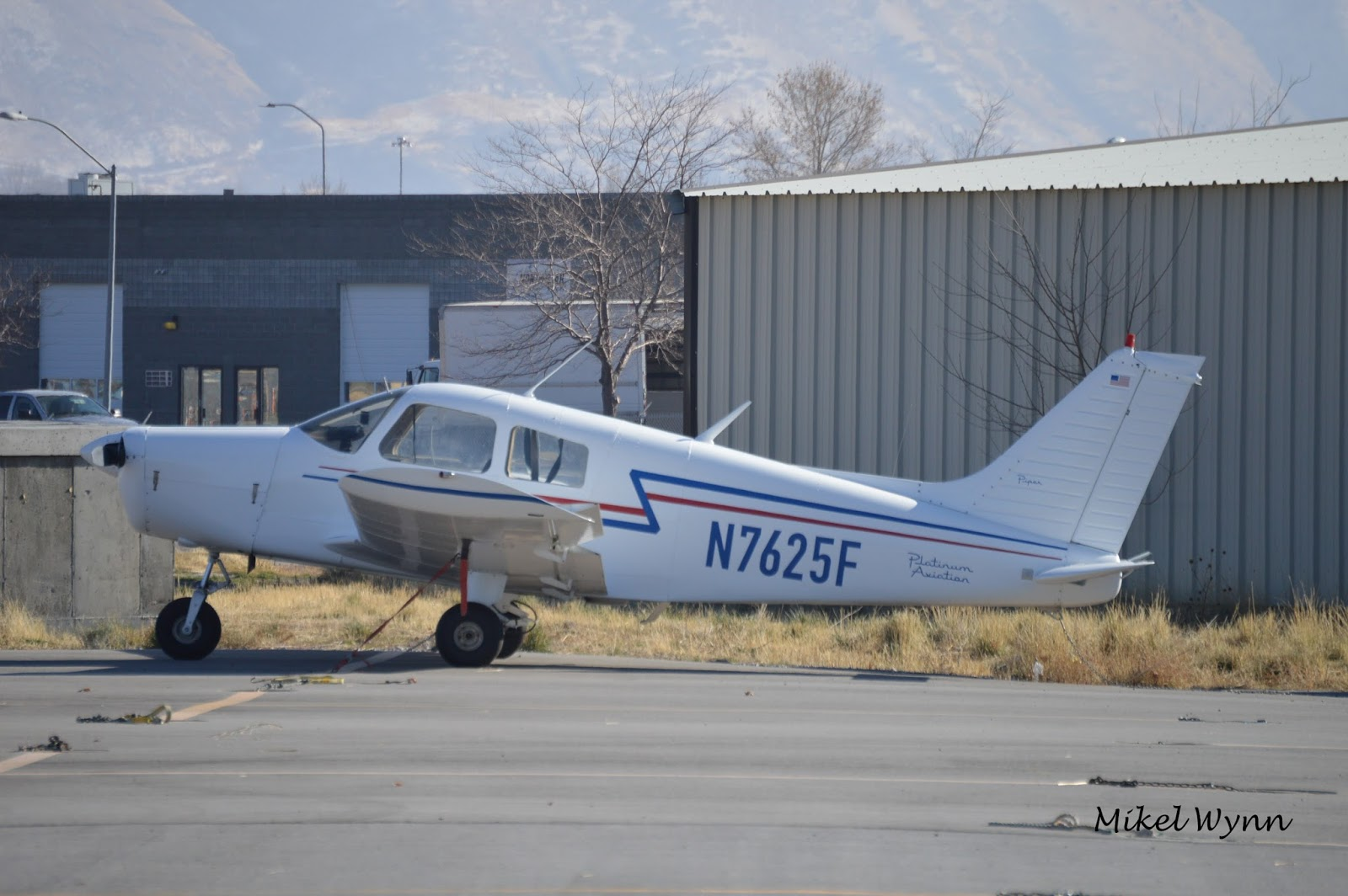 pilot life my first flight in a piper cherokee article sun 10 rh airsoc com Piper Cherokee 140 Aircraft Cherokee PA 28 140 Approach and Landing