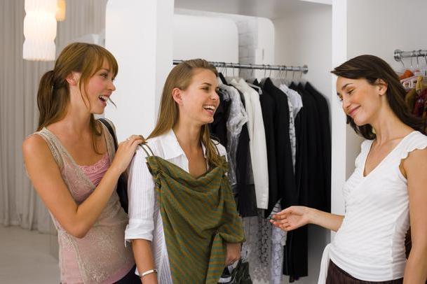 Bán quần áo thời trang lãi được bao nhiêu 1 tháng bạn có biết không