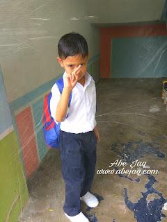 Hari pertama sekolah bermula