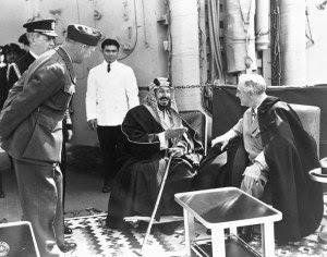 King Abdul Aziz dan F.D. Rosevelt tahun 1945