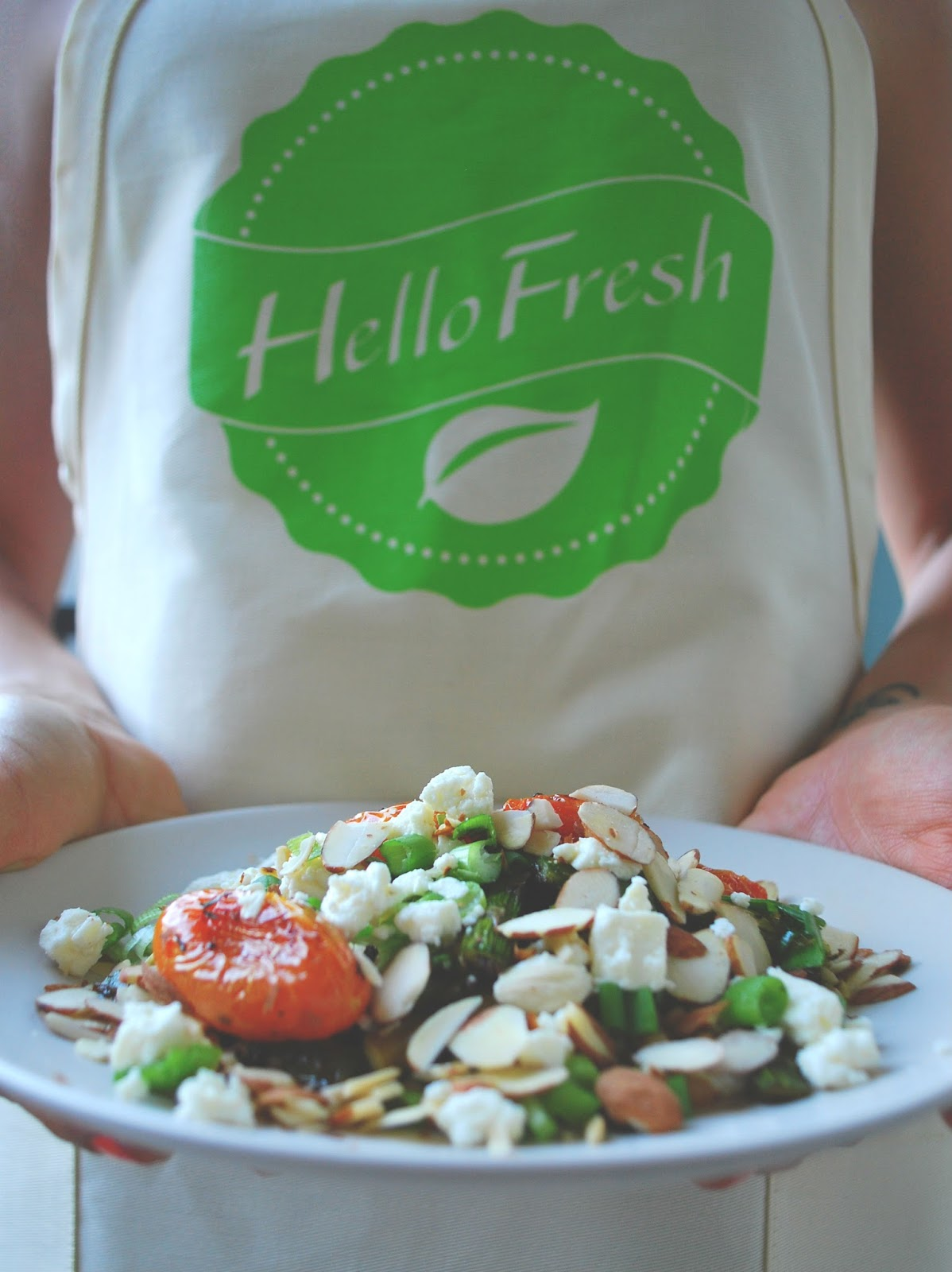 Hellofresh adventures in a newish city as a lover of food and all things healthy and delicious i also love to cook i love the whole experience researching recipes writing out my food list forumfinder Gallery