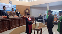 <b>Gantikan Feri Sofiyan, Syamsurih Resmi Jadi Ketua DPRD Kota Bima</b>