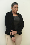 Mumaith Khan latest sizzling photos-thumbnail-9