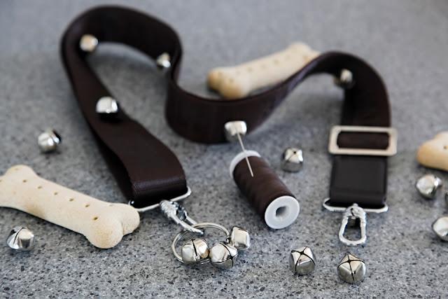 DIY dog doorbells for toilet training