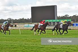 https://www.racing.com/news/2017-09-23/lace-cliff-have-edge-at-caulfield