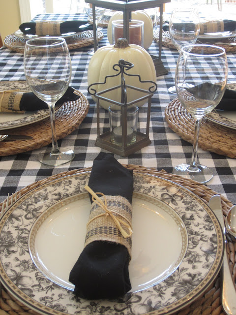Black and White Table Set for Fall