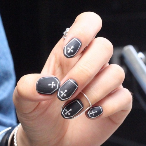 Gothic Coffin Nails