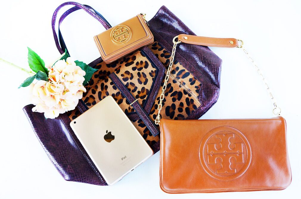 Tory Burch giveaway, Gold iPad Mini Giveaway, giveaway, blogger giveaway, gold ipad mini