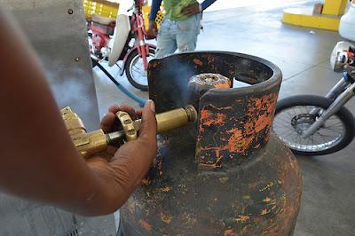 Resultado de imagen para ESTACION GAS REPUBLICA DOMINICANA