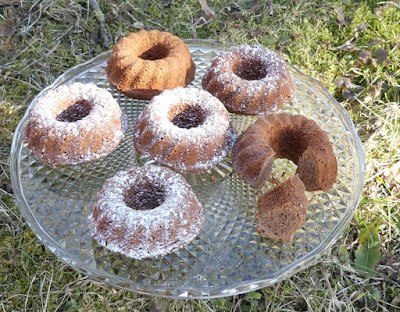 Marzipan-Rum-Minikuchen