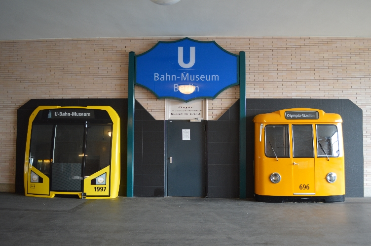 ubahn, underground, berlin, germany, deutschland, quaintrelle, georgiana, quaint