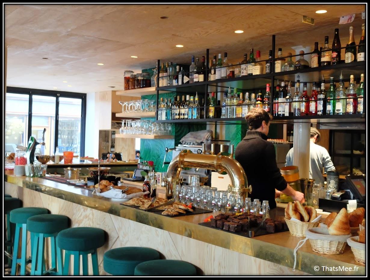 Le Wood brunch Le Marais bar vert bois, brunch a volonté Paris Marais 25e