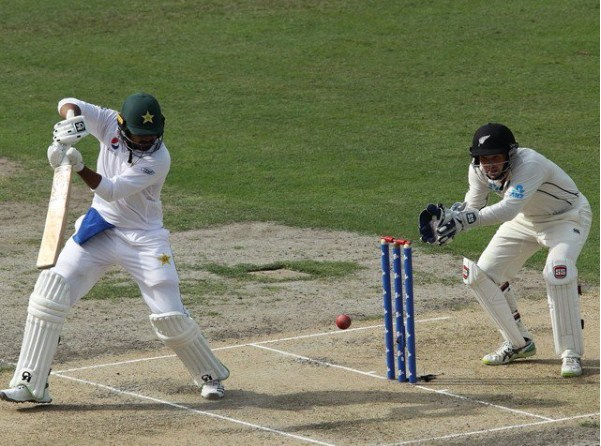 Abu Dhabi Test Pakistan's batting continues in first innings