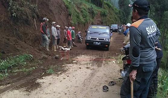 Jalur ke Puncak B29 yang sempat tertutup longsoran, sudah bisa dilalui