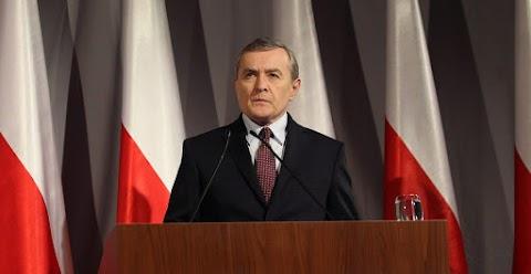 A lengyel kormányfőhelyettes szerint Moszkva továbbra is titkolja a katyni vérengzés elkövetőinek neveit