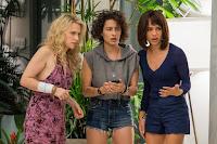 Kate McKinnon, Zoe Kravitz and Ilana Glazer in Rough Night (4)