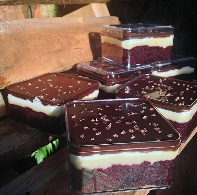 Resep dan Cara Membuat Durian Cake with Chocolate Sauce