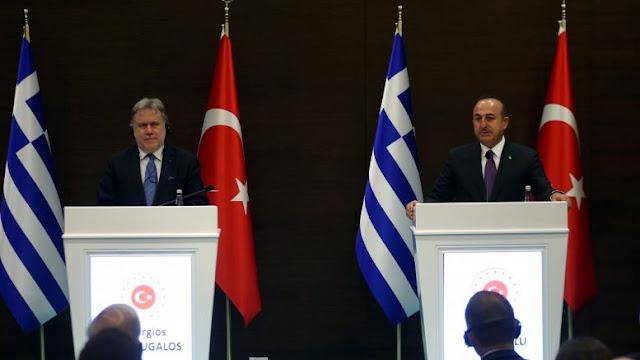 """Πυροβολούμε τα πόδια μας με τα δήθεν """"δικαιώματα της Τουρκίας"""""""