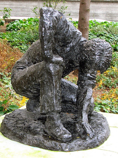 The Gardener by Karin Jonzen, Brewers' Hall Garden, City of London, London
