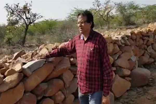 advocate-ln-parashar-visit-aravali-show-illegal-grabbing-cheerharan