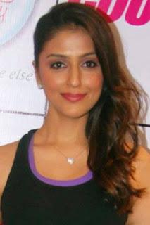 ارتي شهابريا (Aarti Chhabria)، ممثلة وموديل سابقة هندية