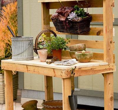 โต๊ะจัดสวน จาก ไม้พาเลท