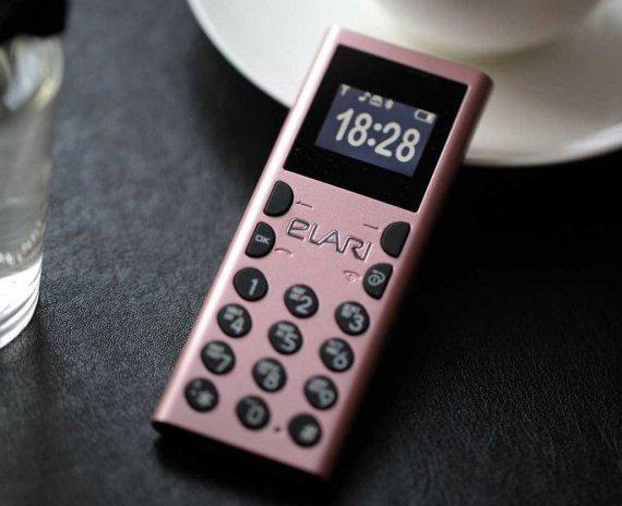 ponsel mungil Elari NanoPhone C