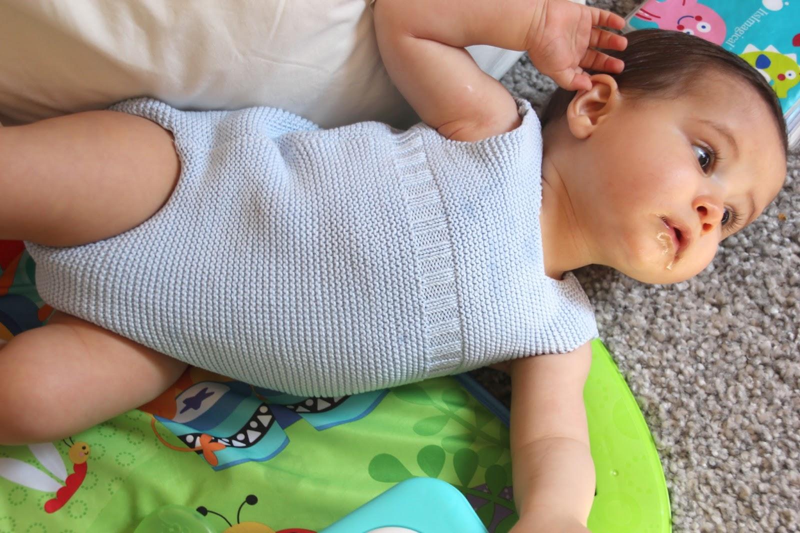 DIY Tutorial y patrones: PELELE TEJIDO PARA BEBE | | Oh, Mother Mine ...