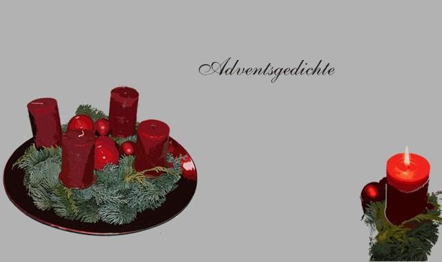 Kerzen, Adventskranz und grüne Zweige