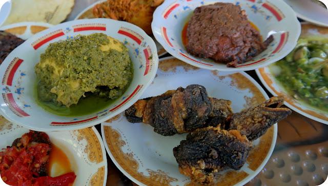Rumah+Makan+Lansano+Jaya+Ngarai+Sianok+Bukittinggi