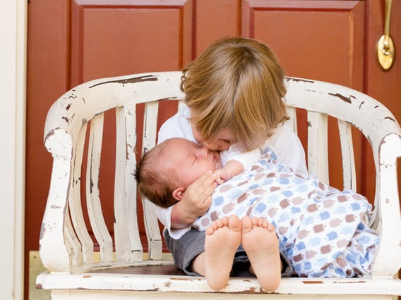 Tips Memilih Baju Bayi Laki-laki yang Cocok dan Nyaman Digunakan