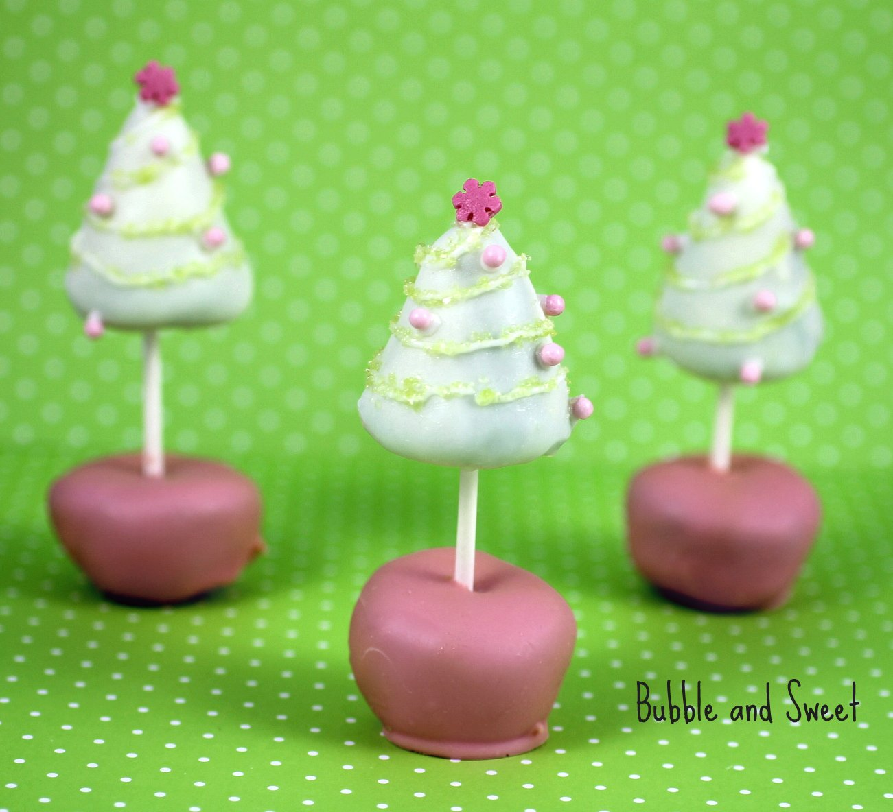 Bubble and Sweet: Christmas Tree Cake pop - Yup double sided cake pops