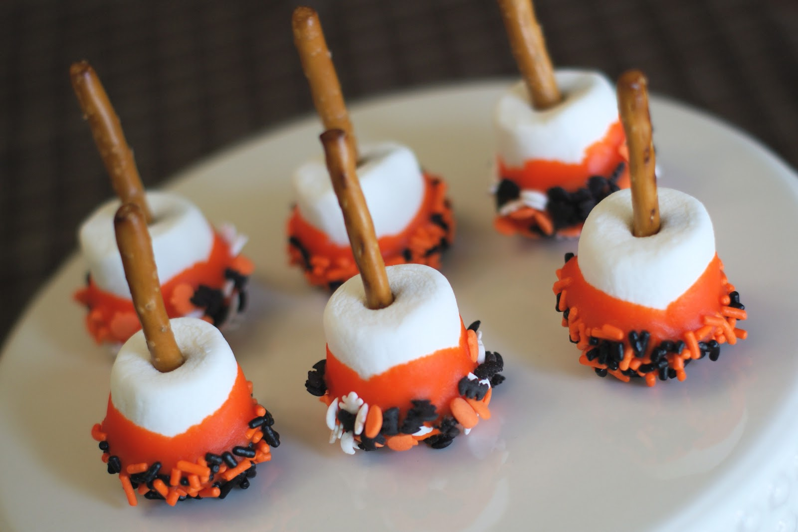 Gluten free halloween treats and snyder s giveaway for Fun halloween treats to make with toddlers