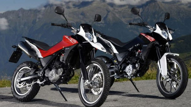 2013+Husqvarna+Strada+TR+650+and+TR+650+Terra.jpg