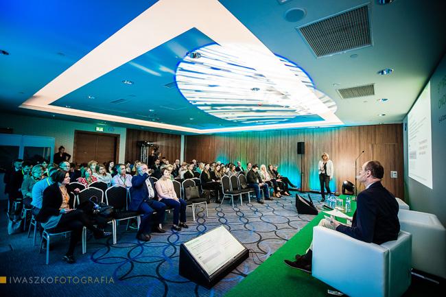 fotografia eventowa, zdjęcia z konferencji, fotograficzna obsługa konferencji