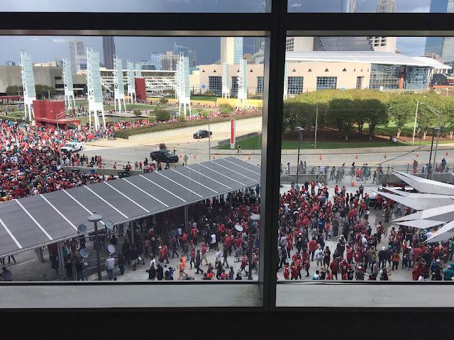 Atlanta Falcolns NFL Mercedes Benz Stadium Football Game