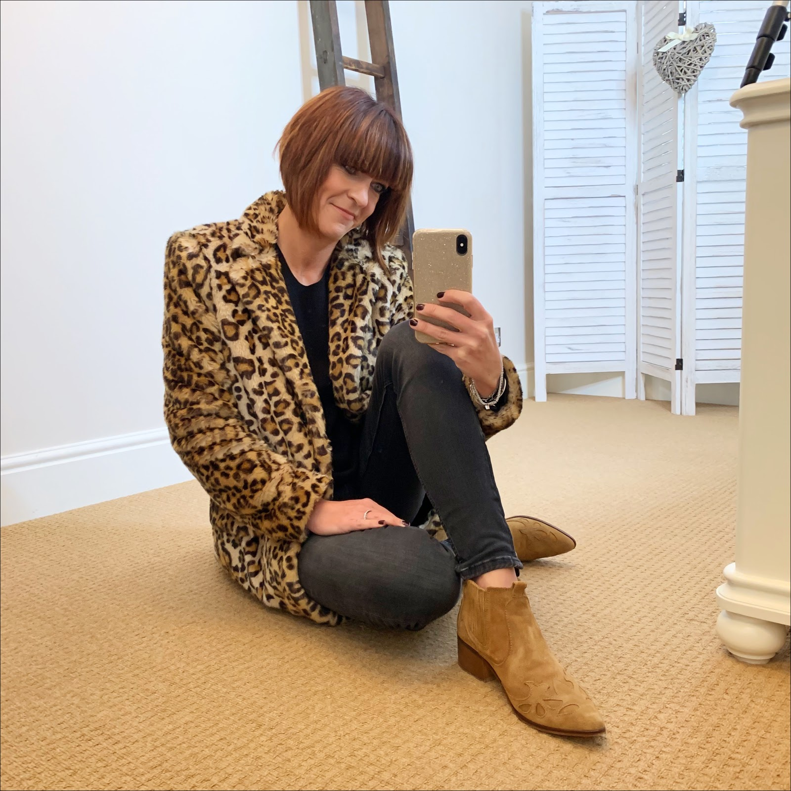 my midlife fashion, zara faux fur leopard print coat, hush cashmere boyfriend jumper, zara skinny jeans, zara western style suede ankle boots