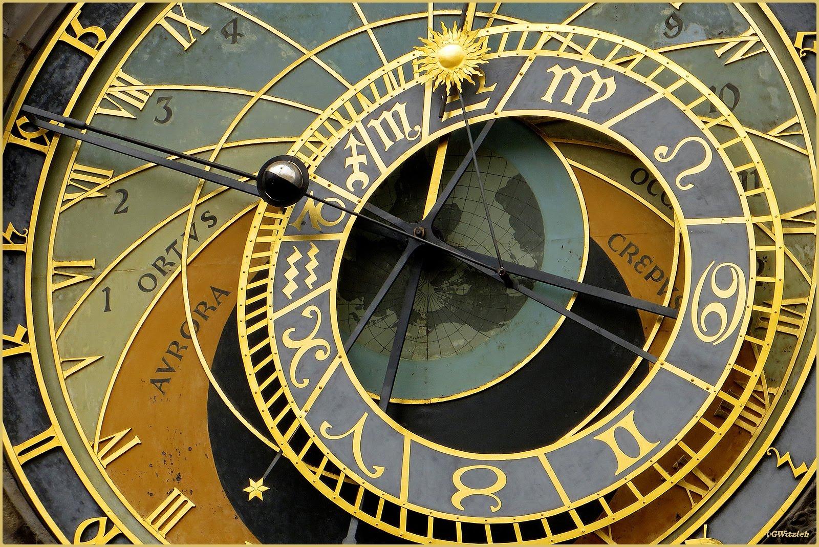 photo37 le photoblog de gunter witzleb l 39 horloge astronomique m di vale de prague. Black Bedroom Furniture Sets. Home Design Ideas