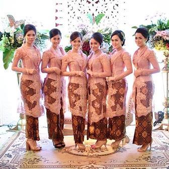 Foto Baju Seragam Kebaya Brokat Untuk Remaja