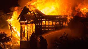 मुंबई; वर्ली के साधना हाउस में आग लगने से झुलसे आठ दमकलकर्मियों को अस्पताल में भर्ती कराया गया