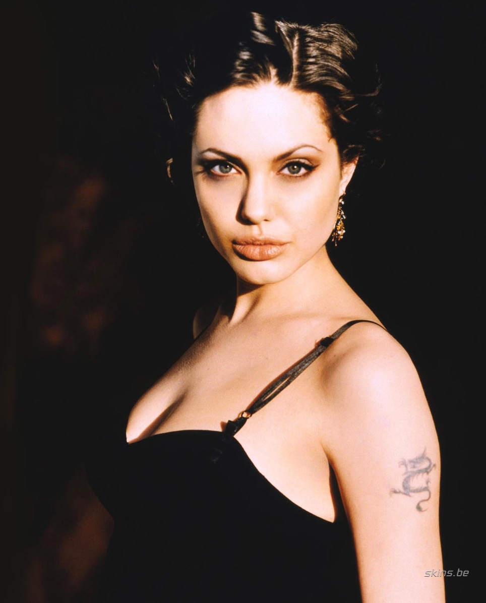 200 Angelina Jolie Pictures Hottest Pictures Amp Wallpapers
