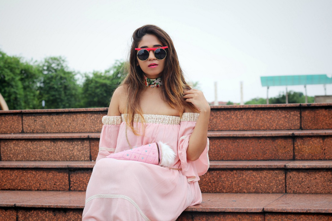 china shanghai travel fashion blogger style , choker, lace dress