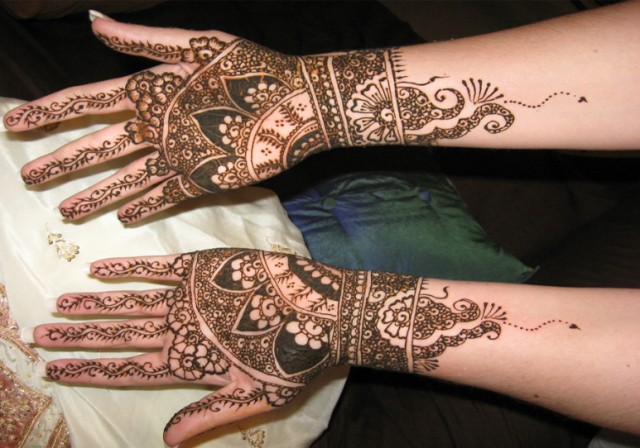 very simple and easy mehndi designs