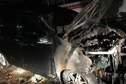 Mobil Neno Warisman Dibakar Orang Tak Dikenal, Ada Yang Janggal Dari Pernyataannya...