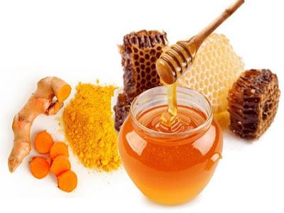 Hỗn hợp giảm béo bằng nghệ và mật ong